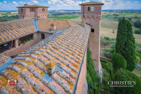 012-castle-for-sale-siena